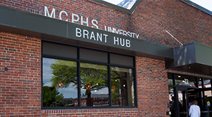 Brant Hub Evokes a Feeling of Community in Manchester
